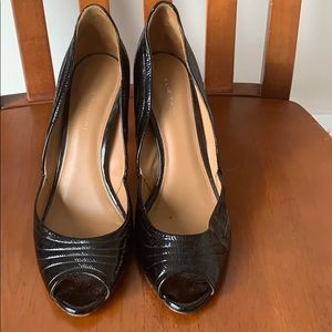 Elie Tahari patent leather pumps